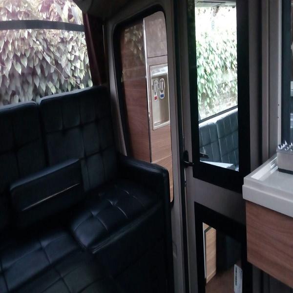 premium-bus-manhattan-non-toilet-6