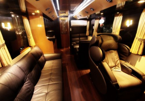 Caravan Bus Platinum AM Trans